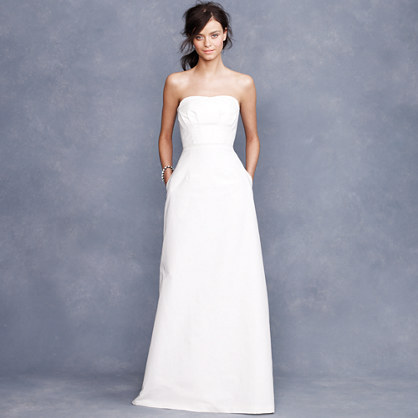 photo of The Stash: 10 Wedding Dresses with Pockets under $1000