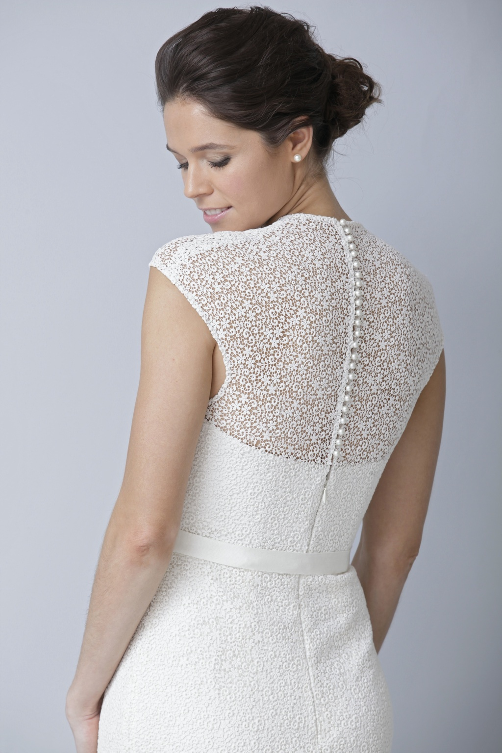 2013-wedding-dress-by-theia-bridal-gowns-statement-back.full