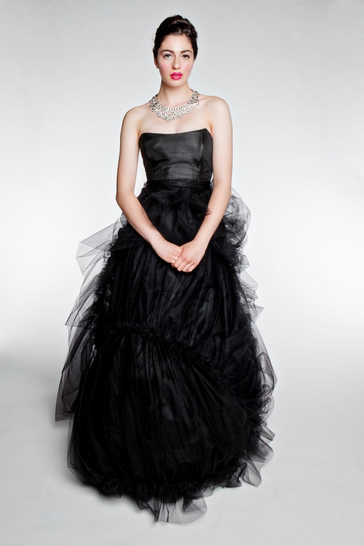 Chic black bridesmaid dresses for elegant weddings for Black wedding bridesmaid dresses