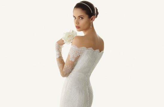 Turtle Neck Wedding Gowns: Romantic Drop-waist Sheath Wedding Dress With Sheer Lace