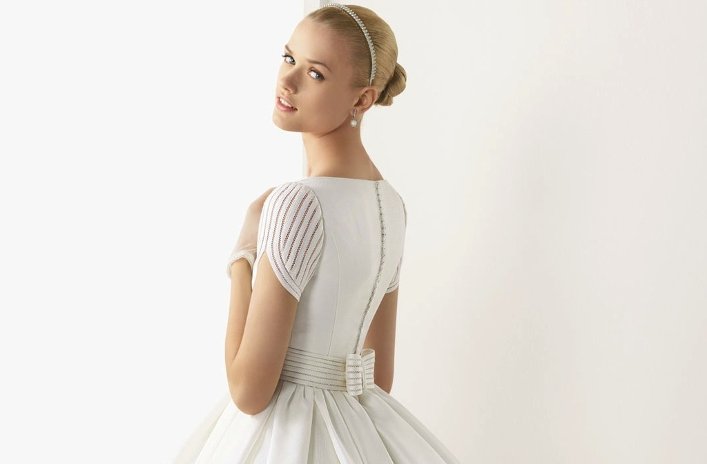 2013 wedding dresses beautiful statement backs by Rosa Clara 2
