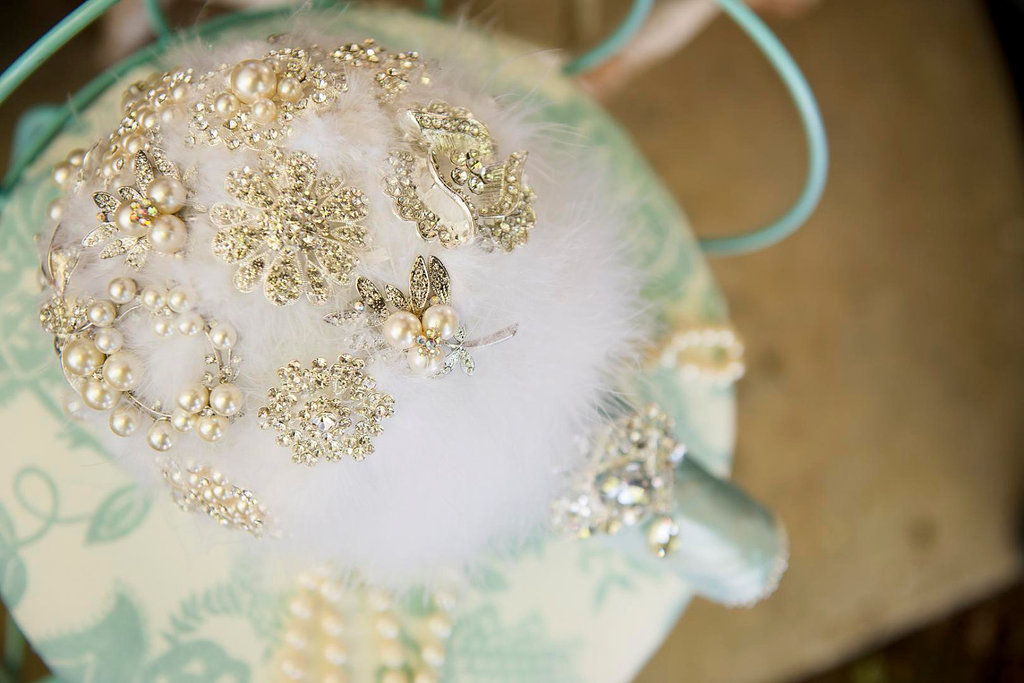 Pearl-wedding-accessories-handmade-etsy-wedding-finds-feather-bouquet.full