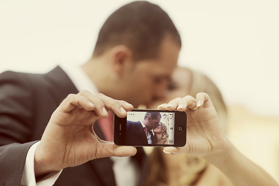 photo of Instant Gratification or Jumping the Gun? When Wedding Guests Snap & Share