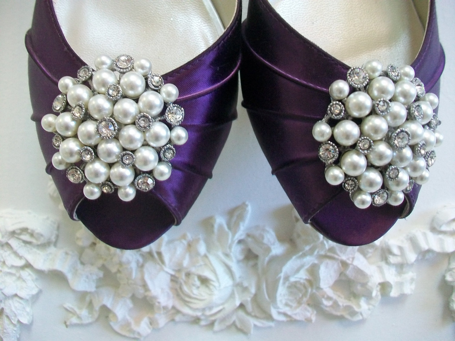 Pearl wedding accessories handmade etsy wedding finds shoe for Wedding supplies