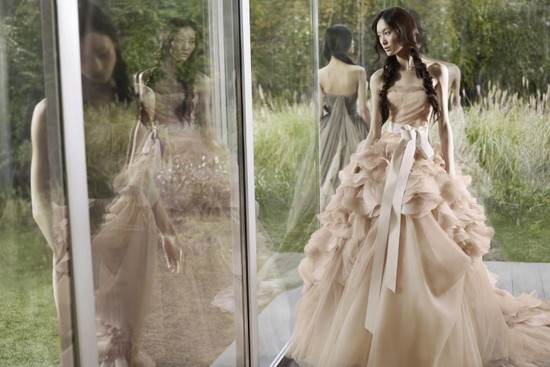 vera wang designer wedding dress beige ballgown haute couture bridal gowns