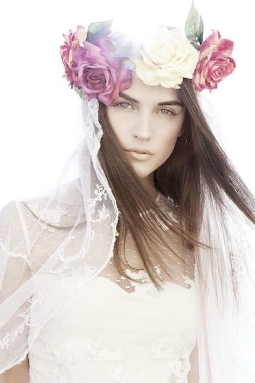 Best of bohemian bridal style indie wedding designers Otuday.