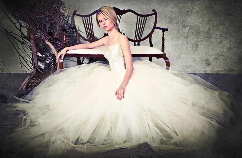 2013-wedding-dresses-by-sarah-janks-elegant-bridal-gowns-9.full