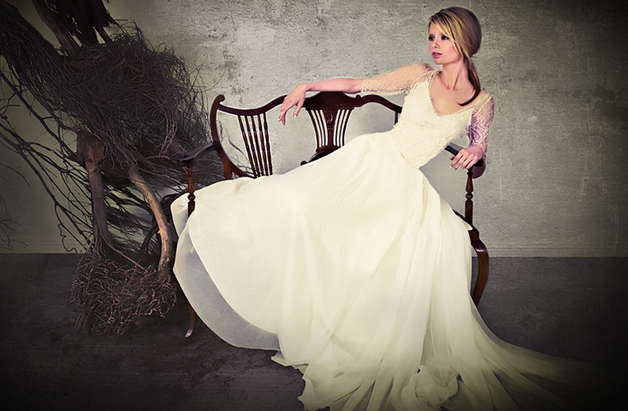 2013-wedding-dresses-by-sarah-janks-elegant-bridal-gowns-7.full