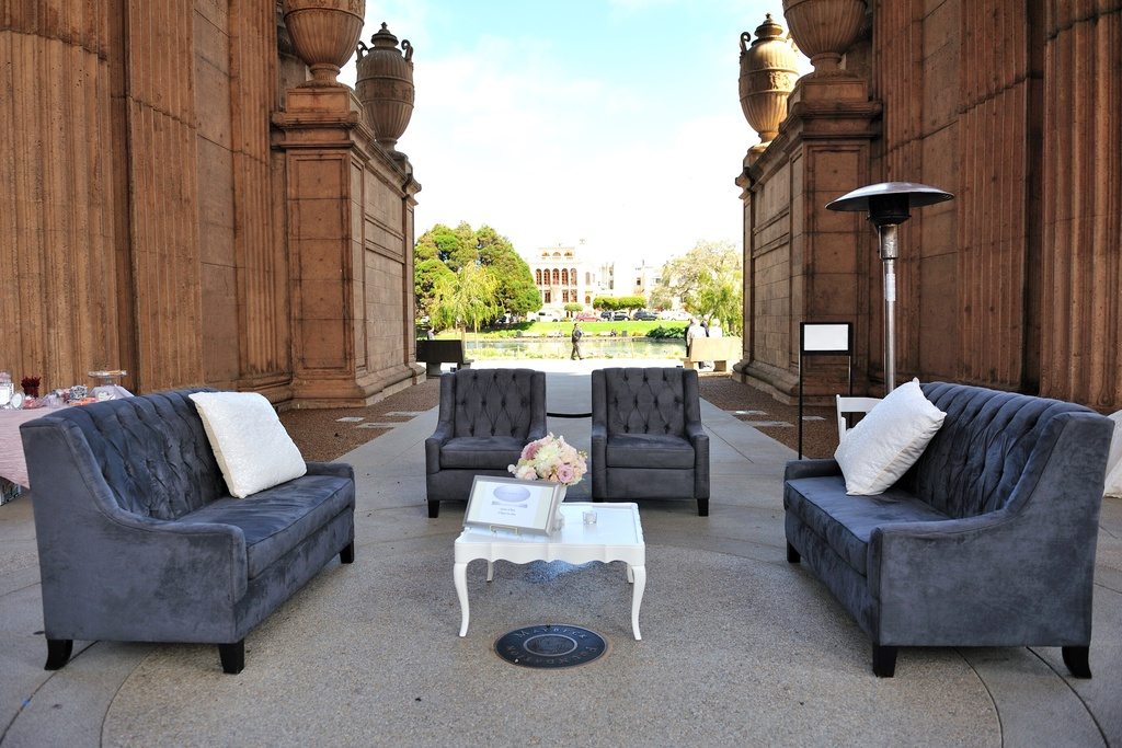 Wedding-details-reception-decor-inspiration-by-jerri-woolworth-lounge-area.full