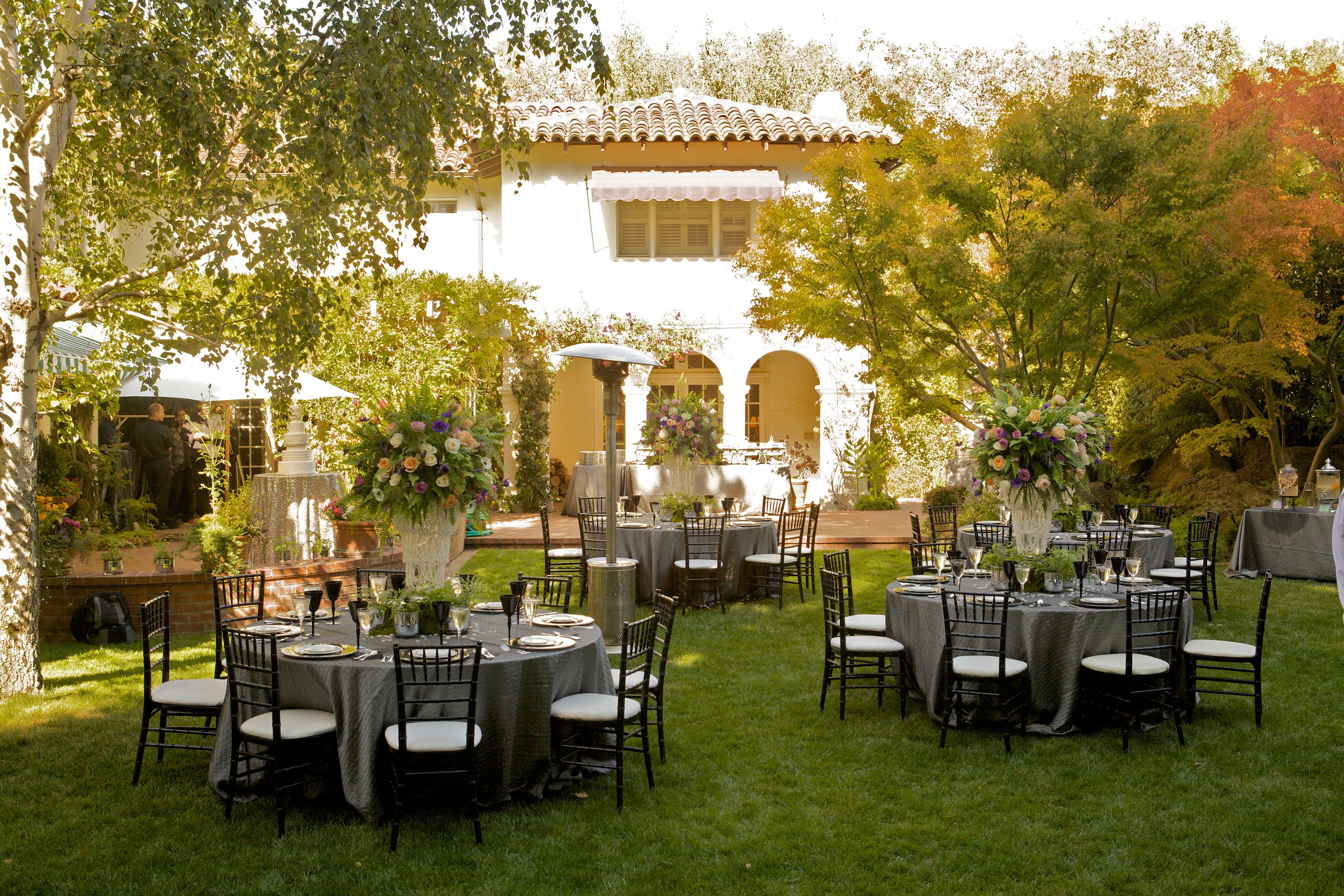 Pictures of garden wedding reception ideas pdf for Outdoor wedding reception ideas