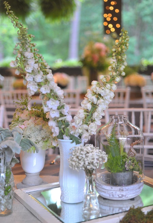 Elegant-wedding-in-north-carolina-estate-wedding-venue-reception-flowers-1.full