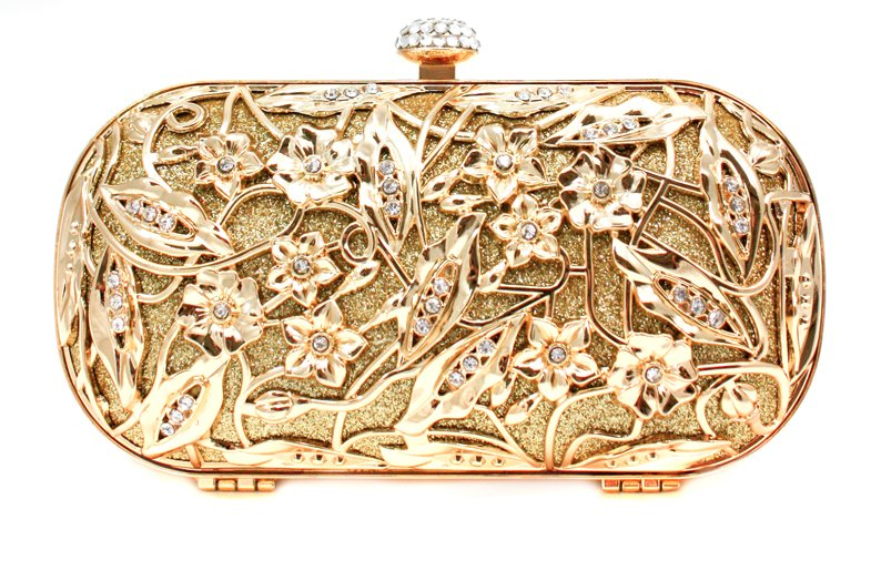 Gold-bridal-clutch-inspired-by-alexander-mcqueen.full