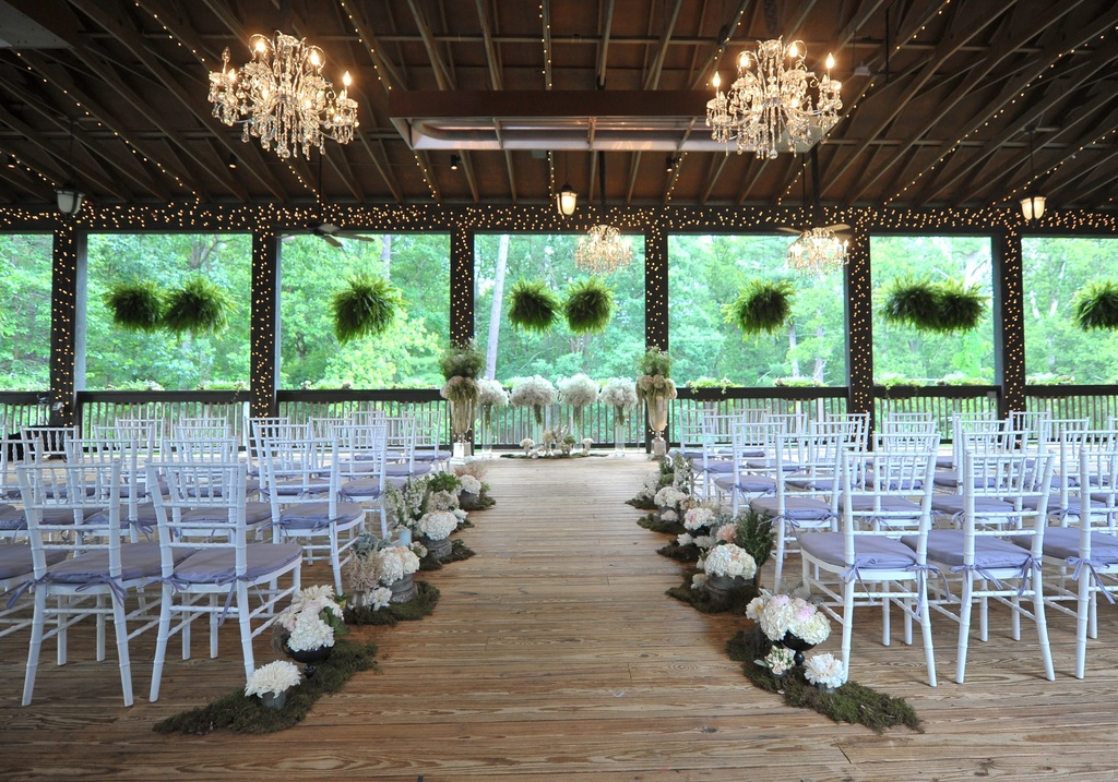 Elegant Real Wedding North Carolina Photographers Ceremony Venue