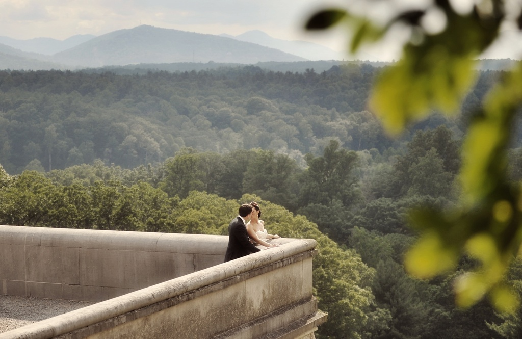Elegant-real-wedding-north-carolina-wedding-photographers-bride-groom-kiss.full