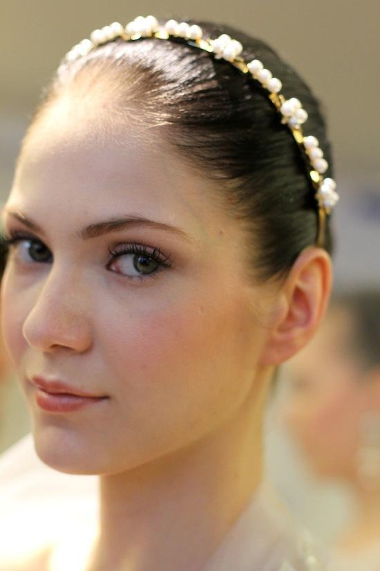 photo of elegant wedding colors ivory cream green romantic bridal makeup