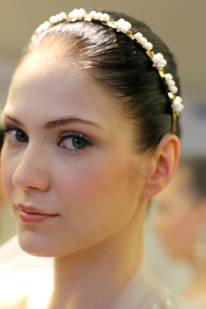 elegant wedding colors ivory cream green romantic bridal makeup
