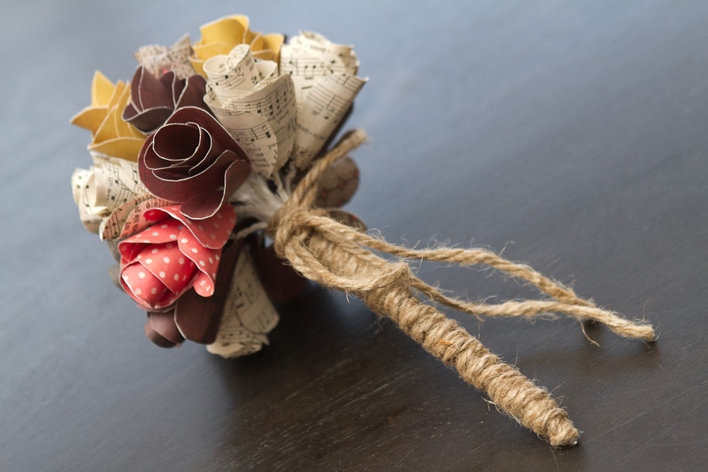 Music-themed-wedding-accessories-ceremony-reception-decor-rustic-bouquet.full