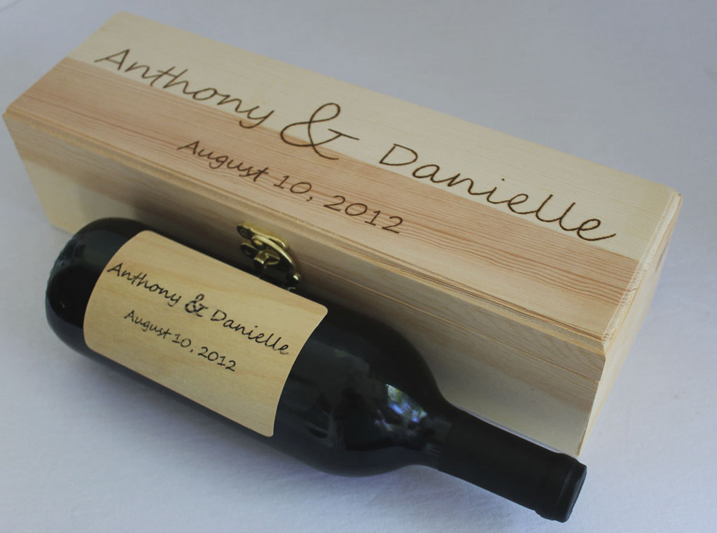 Personalized-wedding-ideas-custom-wine-labels-for-the-reception-wood.full