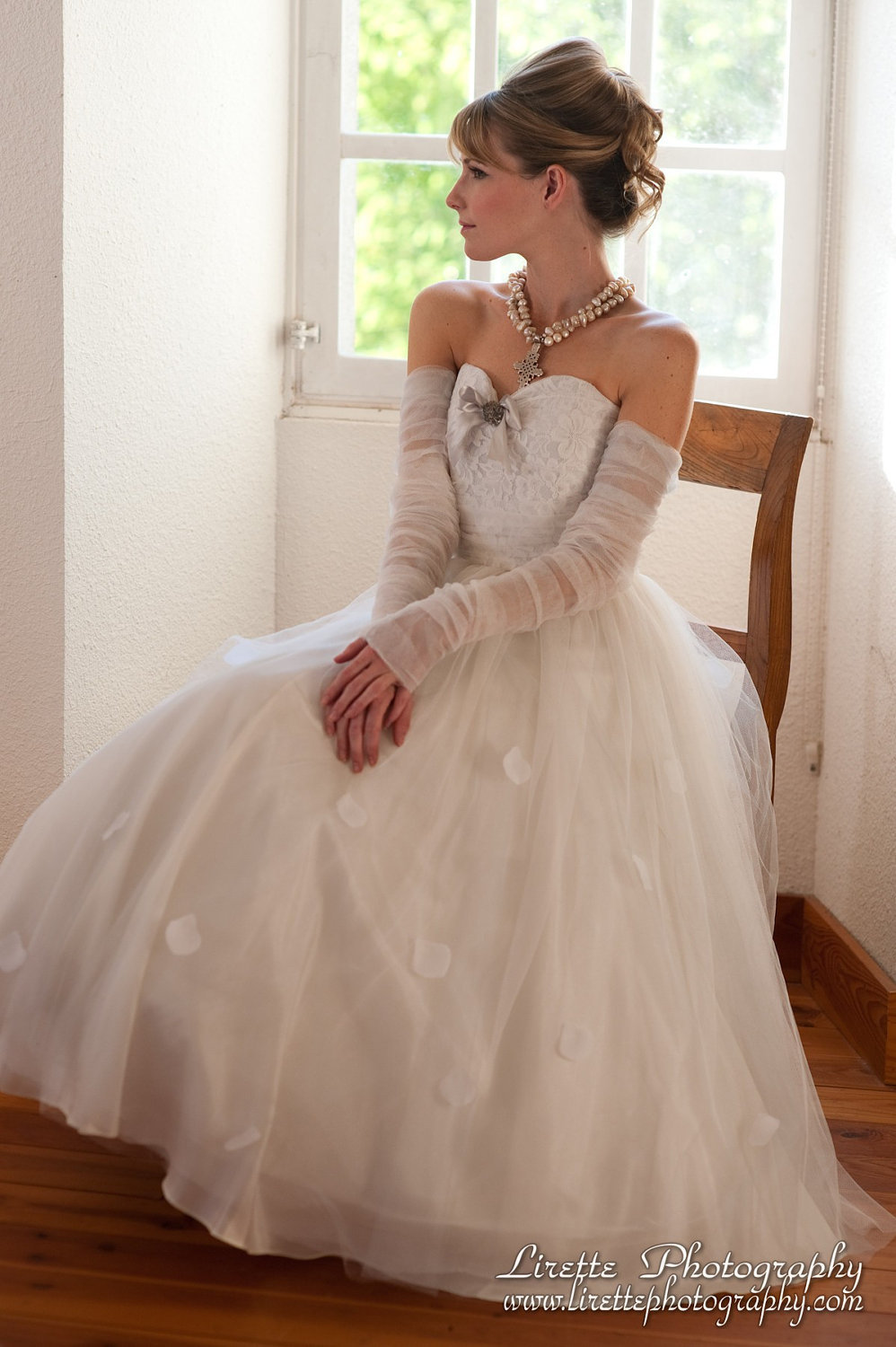 2013-wedding-dress-shirred-detailing-with-lace-bodice-gloves.full