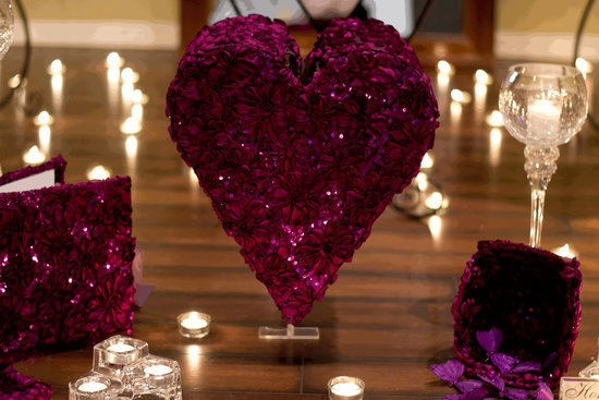 heart shaped wedding reception decor for gift table