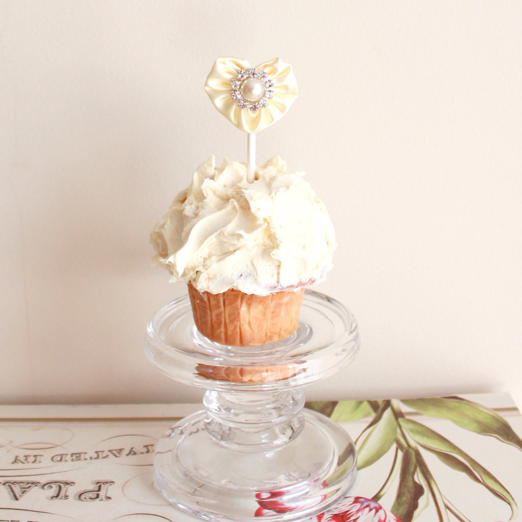 Heart-shaped-wedding-finds-cupcake-topper.full