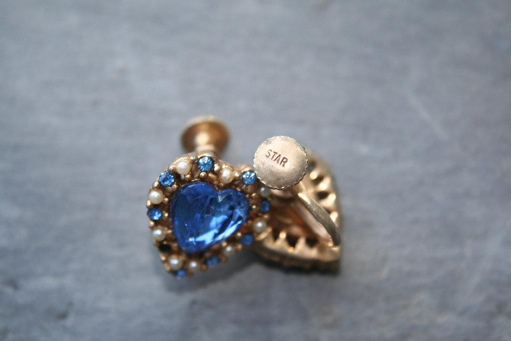 Something-blue-bridal-earrings-heart-shaped.full