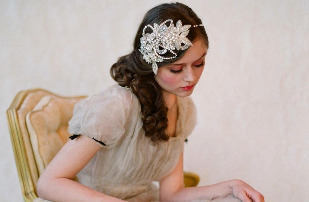 Chic-bridal-headbands-unique-wedding-hair-accessories-twigs-n-honey-4.full