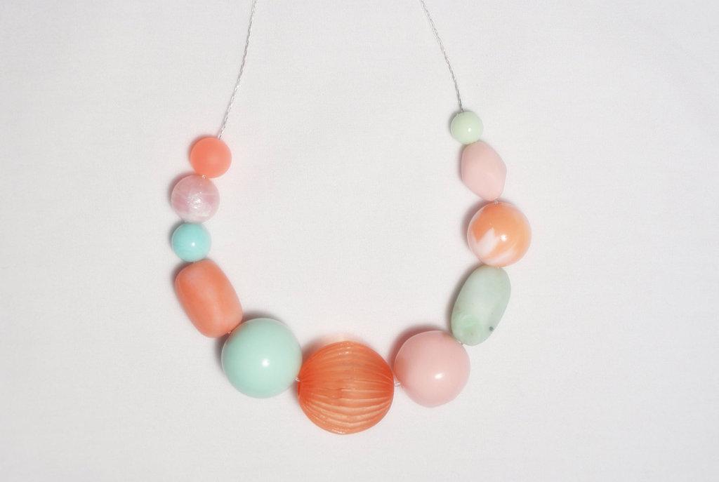 Peaches-and-cream-wedding-color-palette-romantic-weddings-bridesmaid-gift.full