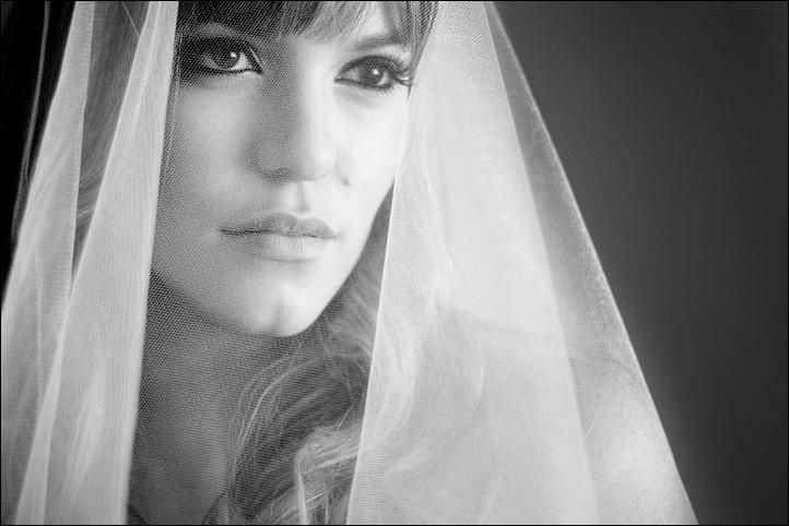 Black-white-bridal-portrait.full
