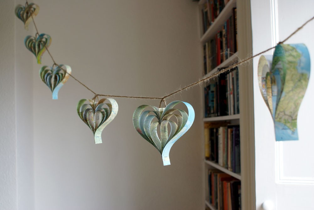 Map-inspired-weddings-travel-themed-wedding-invitations-and-paper-from-etsy-map-heart-garland.full