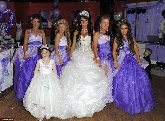 bad bridesmaid style ugly bridal party photos wedding fun purple nurple