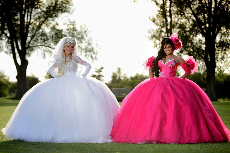 Bad-bridesmaid-style-ugly-bridal-party-photos-wedding-fun-hot-pink.full