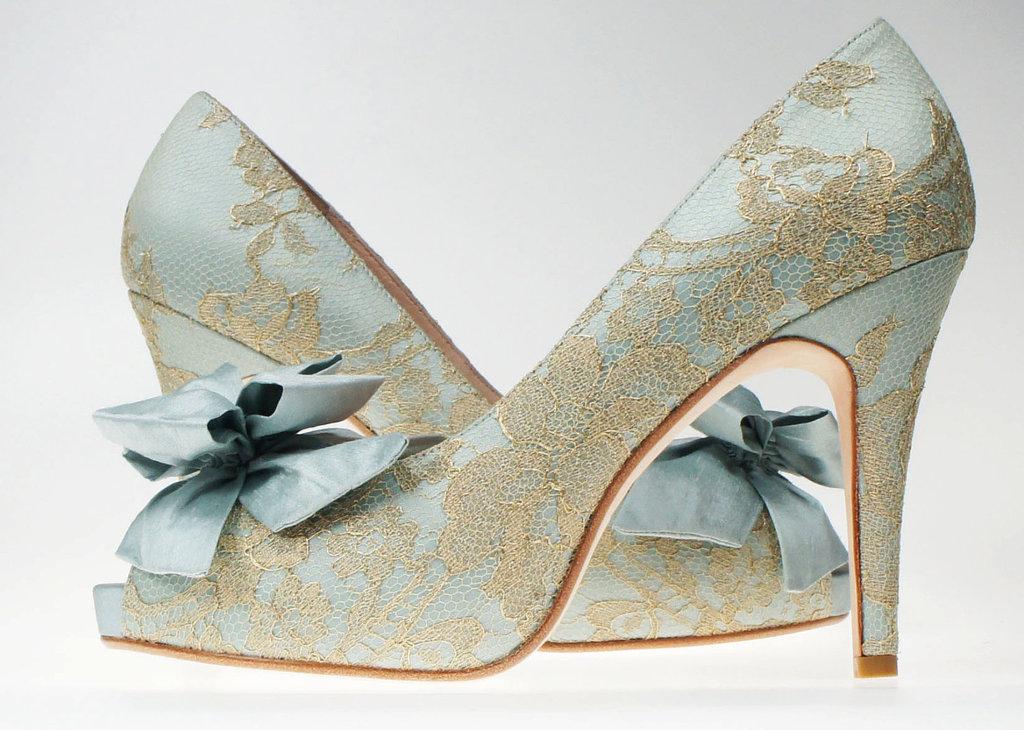 something blue wedding shoe clips