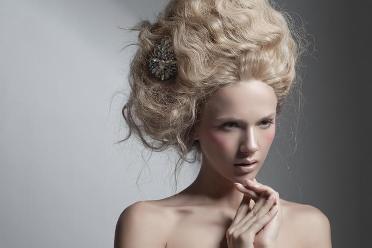 Bridal-beauty-inspiration-soft-wedding-makeup.full