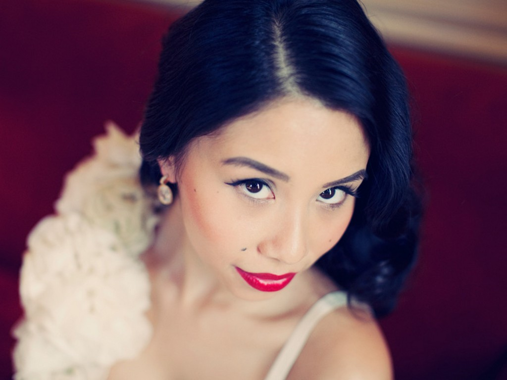 bridal beauty inspiration red lips wedding makeup Asian bride