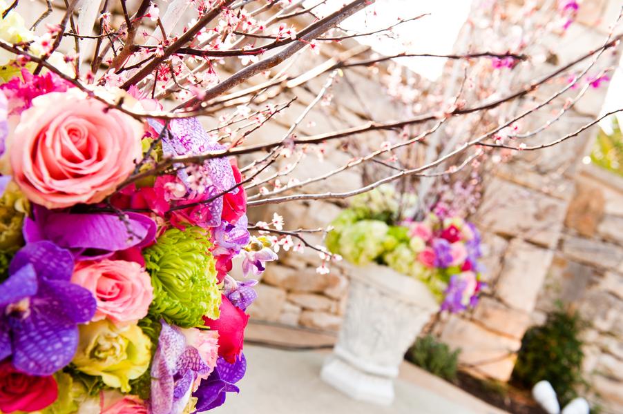 Romantic-pink-purple-wedding-flowers-ceremony-arrangements.full