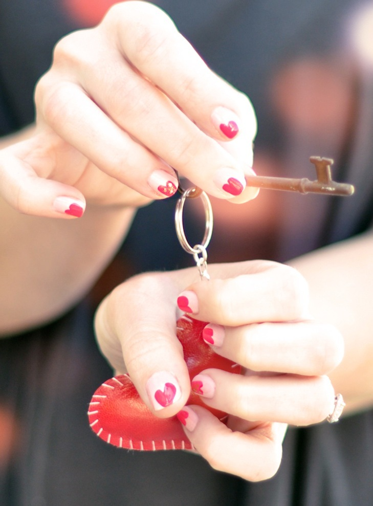 Wedding-worthy-manicures-for-the-fashion-forward-bride-white-red-hearts.full