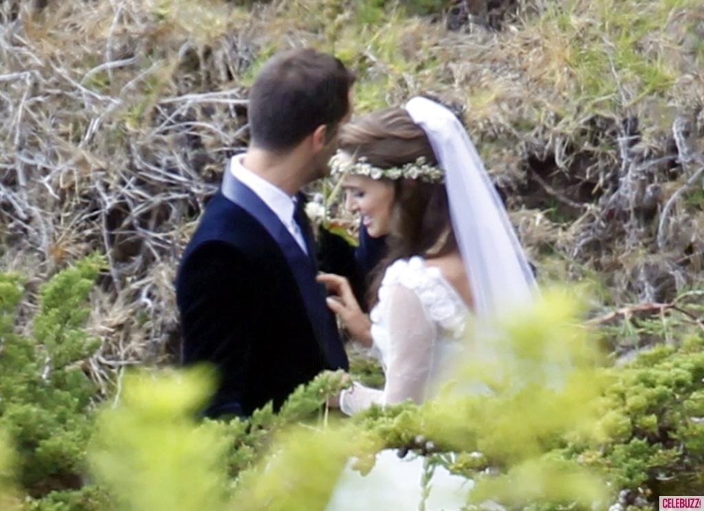 Celebrity-weddings-natalie-portman-gets-married.full