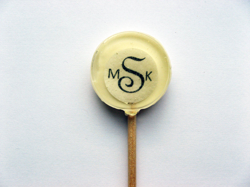 Sugary-sweet-wedding-decor-edible-handmade-weddings-monogram.original