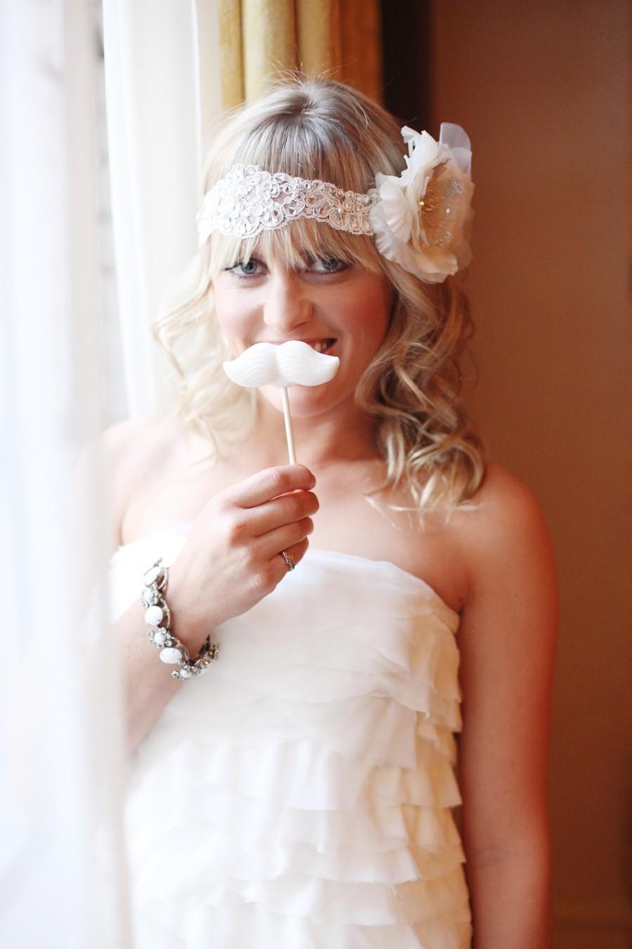 Sugary-sweet-wedding-decor-edible-handmade-weddings-mustache.full
