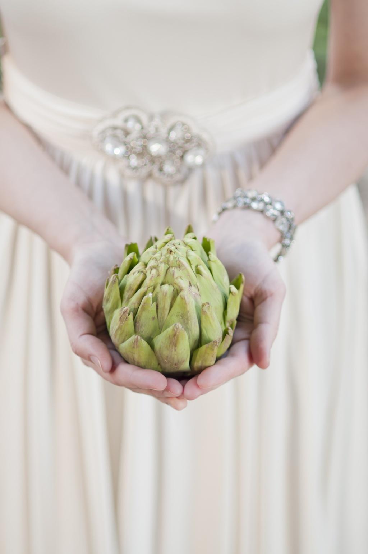 Amelie-wedding-inspiration-wedding-flower-alternatives.full
