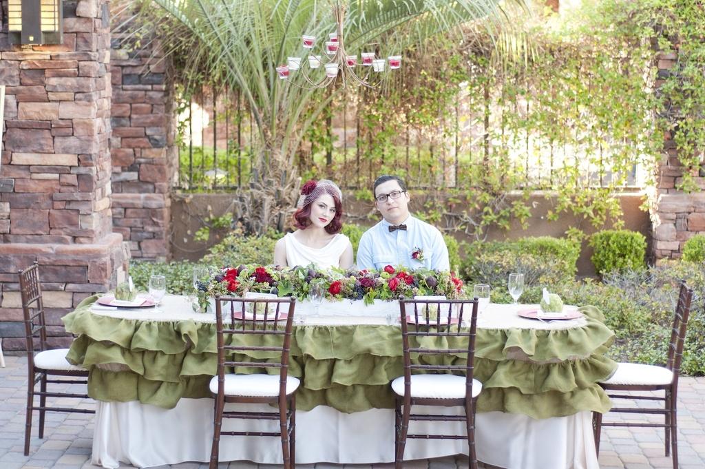 Parisian-romance-wedding-inspiration-handmade-weddings-amelie-theme-retro-bride.full