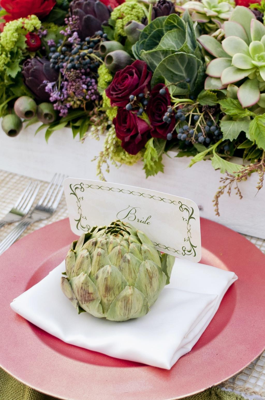 Parisian-romance-wedding-inspiration-handmade-weddings-amelie-theme-place-setting.full