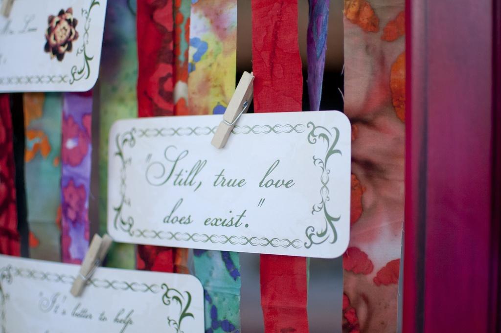 Parisian-romance-wedding-inspiration-handmade-weddings-amelie-theme-escort-cards.full