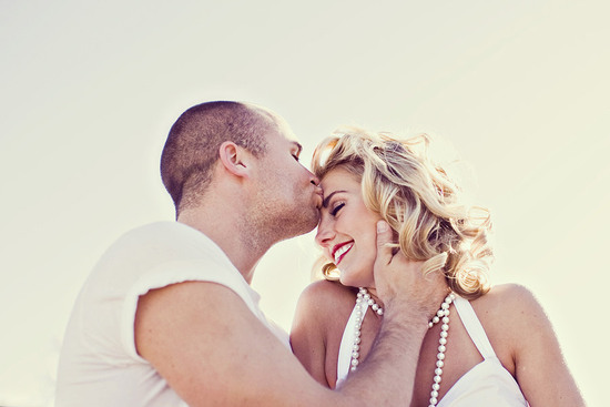 outdoor engagement session marilyn monroe bride to be kiss