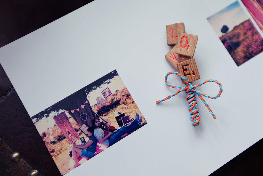 Scrabble-themed-wedding-handmade-weddings-on-etsy-boutonniere.full