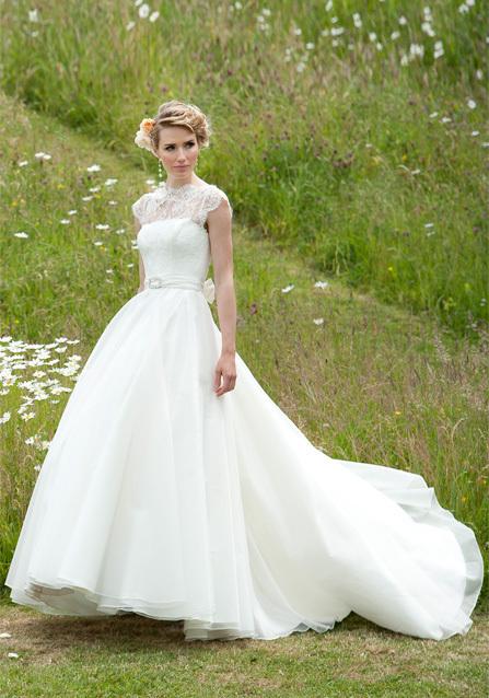 2013-wedding-dress-lyn-ashworth-bridal-gowns-6.full
