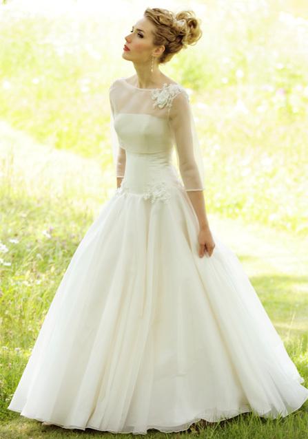 2013-wedding-dress-lyn-ashworth-bridal-gowns-1.full