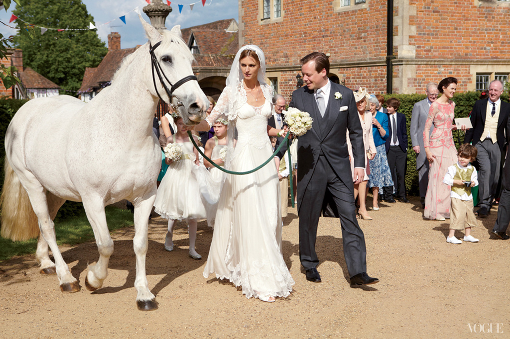 celebrity wedding in the English countryside 4
