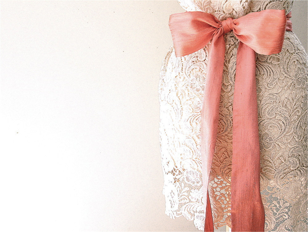 Peach-wedding-pretties-for-romantic-weddings-silk-dupioni-sash.full